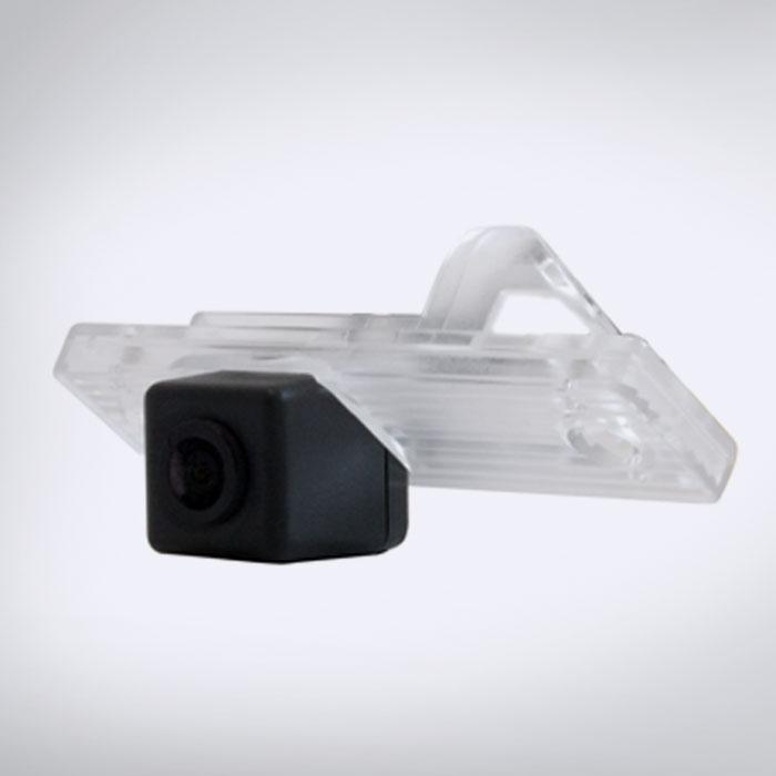 Chevrolet-03 Chevrolet Rendszámvilágítás helyére szerelhető Tolatókamera